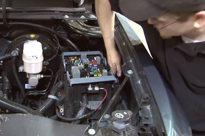 Attach Brake Controller Power Wire to Fuse Box