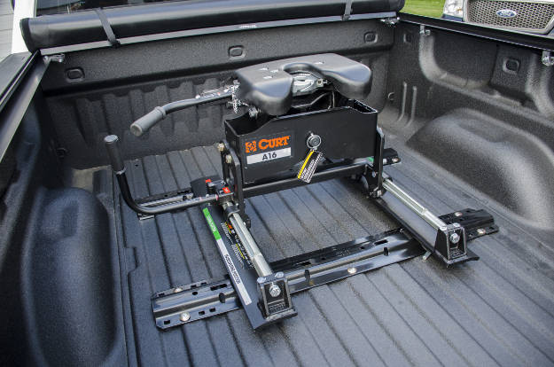 CURT 5th Wheel Roller Pickup Truck Bed