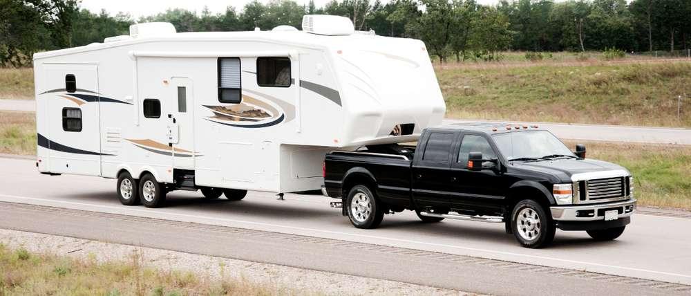 CURT 5th Wheel Trailer Truck Gooseneck Adapter