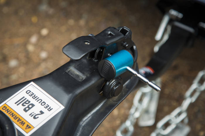 Coupler How to Lock Trailer to Vehicle