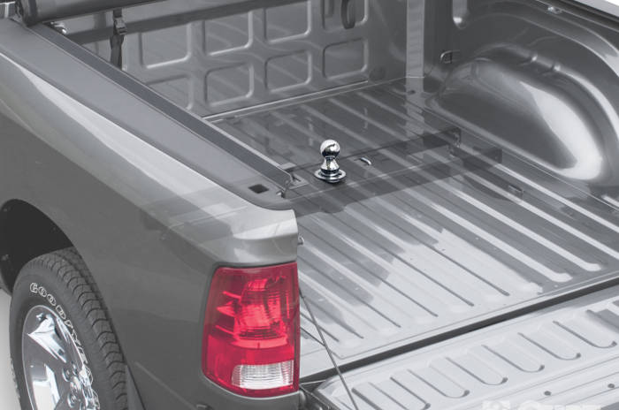 Gooseneck Mounting Bracket and Hitch Truck Bed