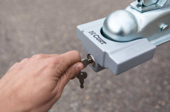 How to Lock a Trailer Tongue