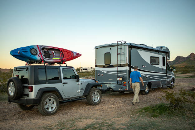 RV Dinghy Towing Jeep