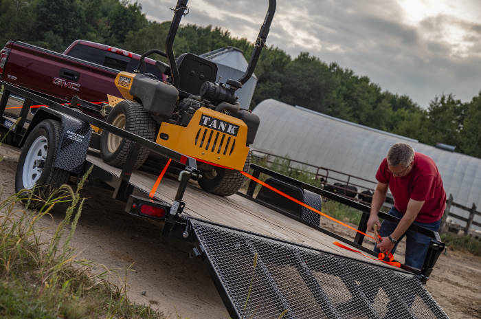 Securing Trailer with Cargo Ratchet Straps